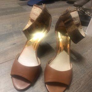 Michael Kors Women shoes!